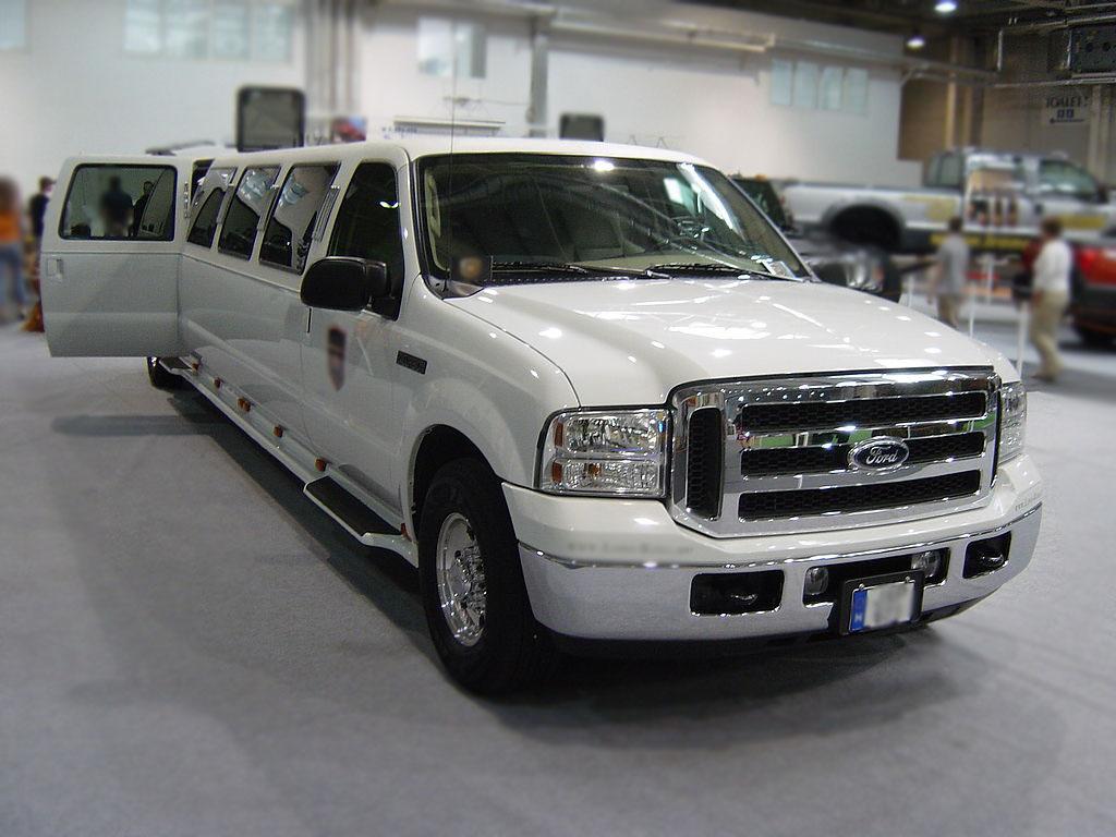 Ford Excursion Limo Service San Antonio